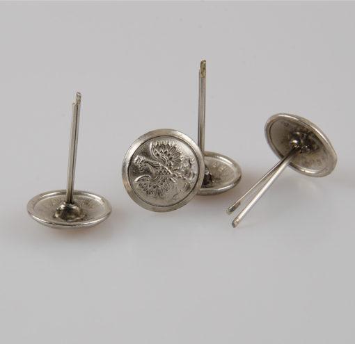 Polski guzik wojskowy z orzełkiem srebrny śr. 16 mm na wąsy