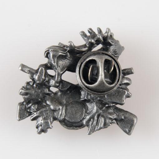 Odznaka turystyczna lub myśliwska z jeleniem na metalowy pin kolor stare srebro