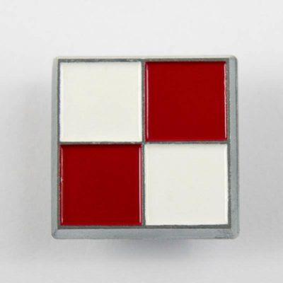 Szachownica Lotnicza, odznaka Sił Powietrznych 1918-1921 biało-czerwona, pin