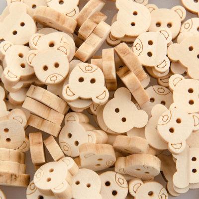 Guzik drewniany Miś 2 dziurki DIY