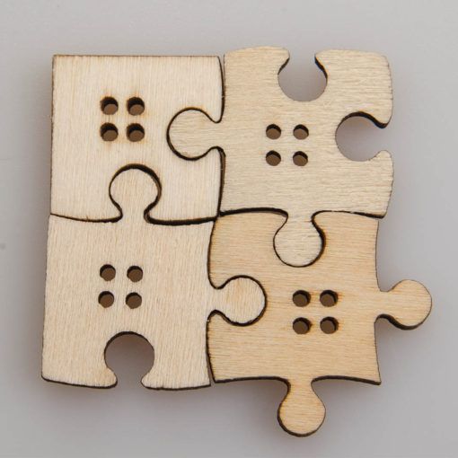 Guzik drewniany Puzzle 4 dziurki DIY MIXGuzik drewniany Puzzle 4 dziurki DIY MIX
