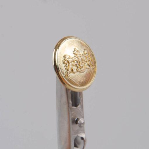 Guzik z herbem i dwoma lwami kolor złoty śr. 16 mm