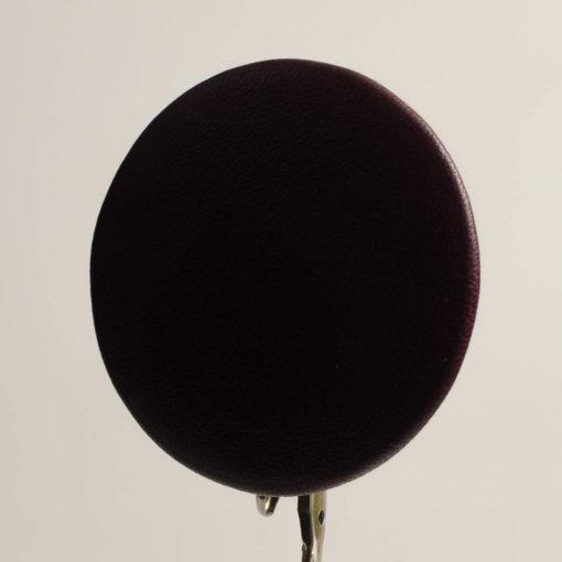 Guzik ciemno brązowy obciągany skórą cielęcą 50 mm