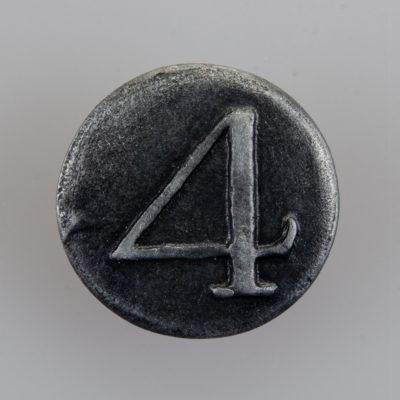 """Guzik 4 Pułk Piechoty Liniowej """"Czwartacy"""", Powstanie Listopadowe, kolor stare srebro, śr. 20mm"""