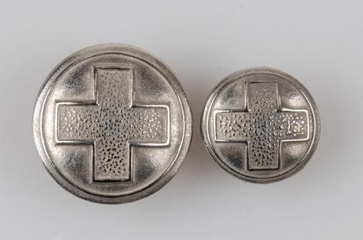 Guzik Polskiego Czerwonego Krzyża (PCK), II RP 1938r. kolor srebrny śr. 15 i 21 mm