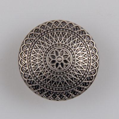 Guzik ozdobny antyczny ze wzorem koronkowym (mandala, fraktal), kolor stare srebro, śr. 25 mm