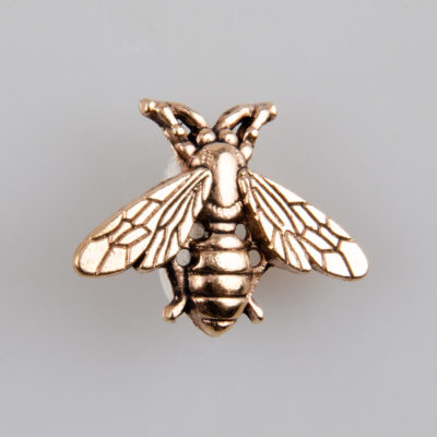 Pszczoła znaczek na pin/ szpilkę kolor miedź