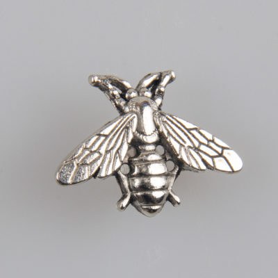 Pszczoła znaczek na pin/ szpilkę kolor srebrny