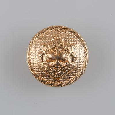 Guzik metalowy typu angielskiego z herbem i ozdobnym rantem kolor złoty śr. 18 mm