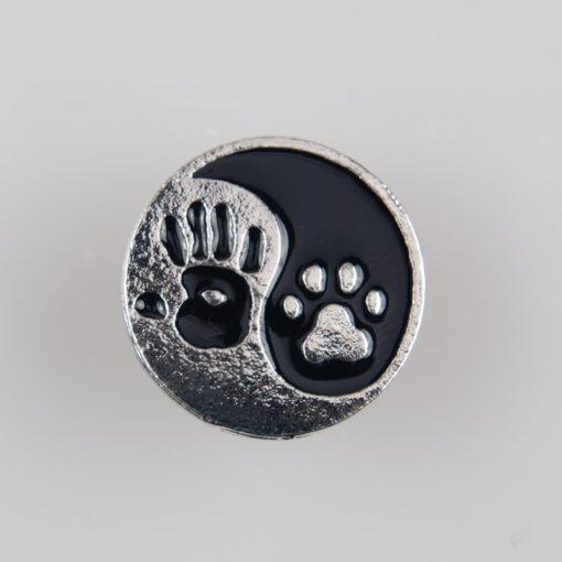 Yin i Yang / Człowiek i Zwierzak znaczek na pin/ szpilkę, metal kolor srebrny/ czarny