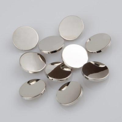 Guzik płaski metalowy błyszczący srebrny, śr. 25 mm