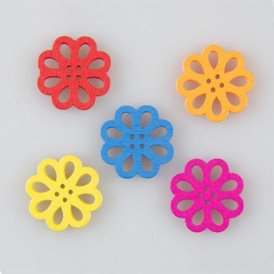 Guzik drewniany koronkowy kwiatek 2 dziurki 5 wzorów MIX