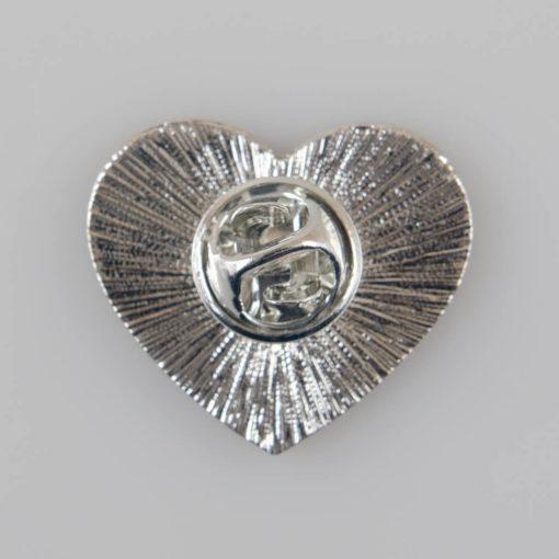 Serce dla Ziemi znaczek pin, metal kolor srebrny/ zielono-niebieska emalia, roz. 26 x 23 mm