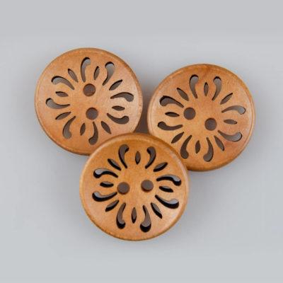 Guzik drewniany okrągły ażurowy wklęsły, 2 dziurki, śr. 23 mm, kolor jasny brąz